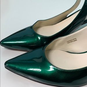 🎄Via Spiga Patent Leather Emerald Slingback Heels